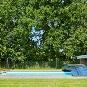 Ook jij kunt een polyester zwembad thuis hebben for Polyester zwembad plaatsen